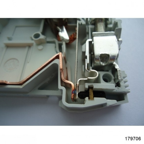 Автоматический выключатель NB1-63 3P 4A 6кА х-ка C (CHINT), арт.179706